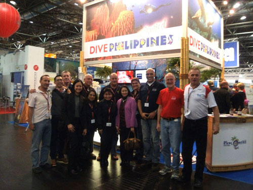 FloWer Beach team at boot 2012 diving show in Germany