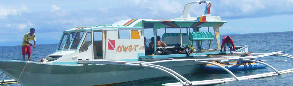 FloWer Beach private boat for scuba diving